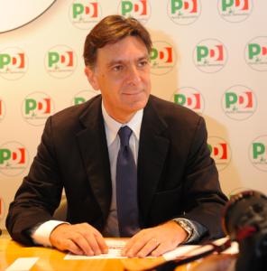Enrico PD Nazionale seduto